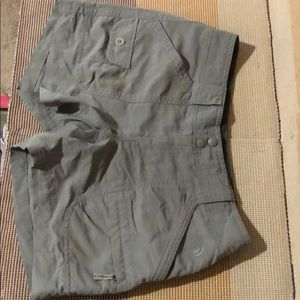 The North Face Women's Shorts Tan Nylon Cargo
